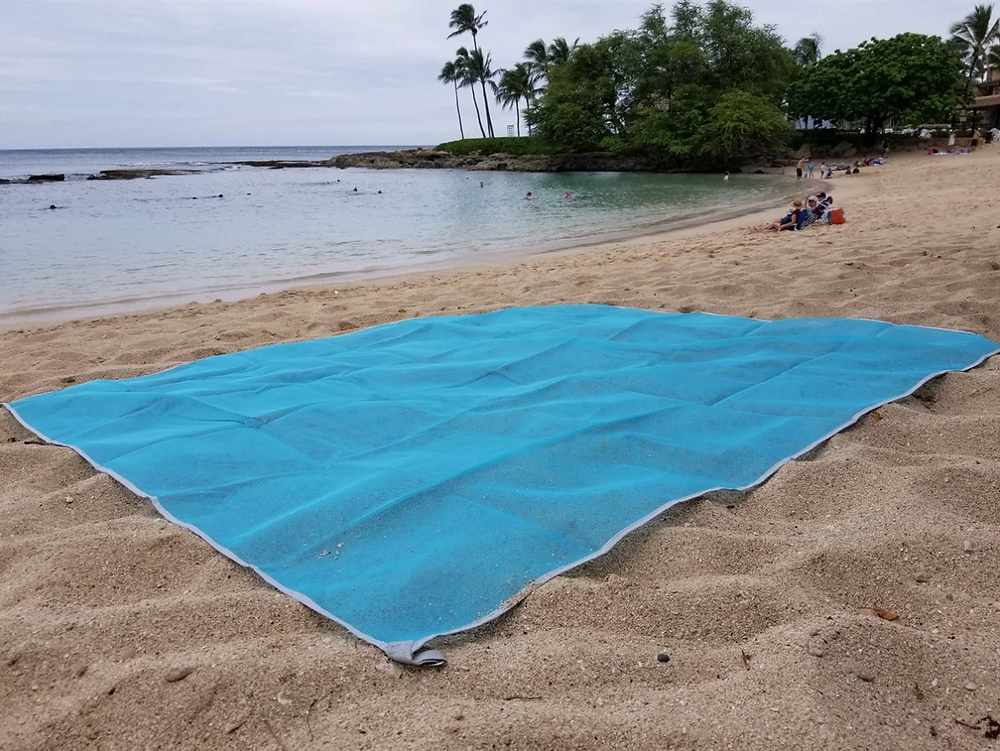 Keep the sand where it belongs with this Sand Proof Blanket