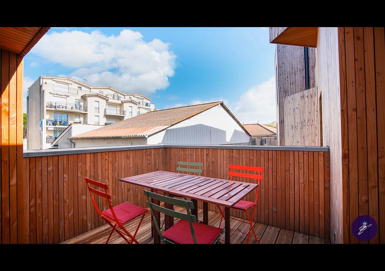Cap Maryse  terrasse.jpg