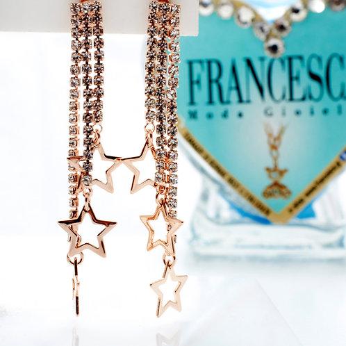 Fe7572 Κρεμαστά σκουλαρίκια με strass & αστεράκια σε rose gold απόχρωση!