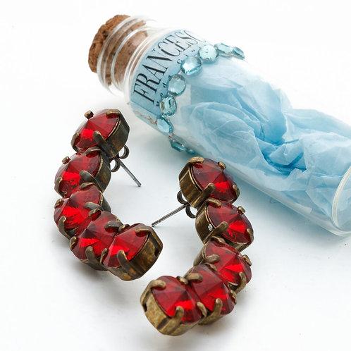 Fe7930 Χειροποίητα μπρονζέ σκουλαρίκια,με κόκκινα κρύσταλλα σε υπέροχο σχέδιο!