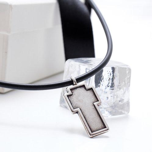 Fn7373 Ανδρικός minimal σταυρός με καουτσούκ σε υπέροχη συσκευασία