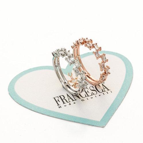 Fr8366 Δαχτυλίδι ατσάλι με κρυσταλλάκια,σε επάργυρο & ροζ χρυσό απόχρωση .