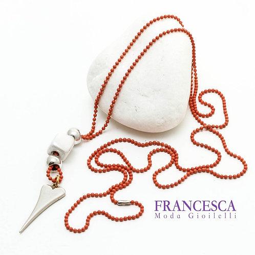 Fn8534 Χειροποίητο κολιέ με minimal καρδιά & χρωματιστή αλυσίδα.