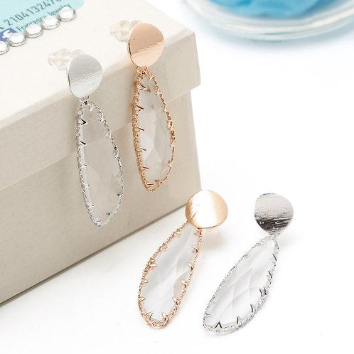 Fe7974 Κρεμαστά σκουλαρίκια με κρυσταλλιζέ πέτρα,σε rose gold. Το ασημί εξαντλήθ