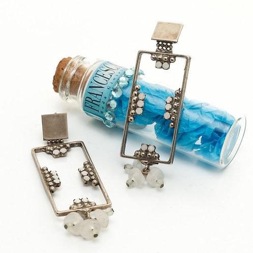 Fe7594 Χειροποίητα κρεμαστά σκουλαρίκια σε πρωτότυπο σχέδιο!