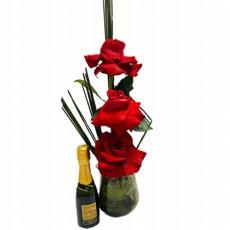 Arranjo com 3 Rosas vermelhas importadas com chandon baby