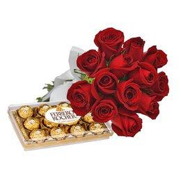 Buque 12 rosas vermelhas com Ferrero