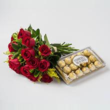 Buque de 18 rosas vermelhas e chocolates