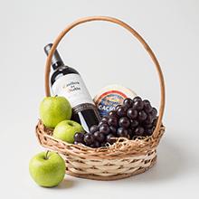 Cesta vinho , frutas e queijo
