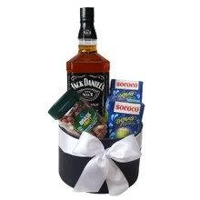 Kit excelência com Whisky e aperitivos