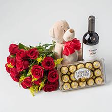 Buque de 18 rosas vermelhas, pelúcias,chocolates e vinho