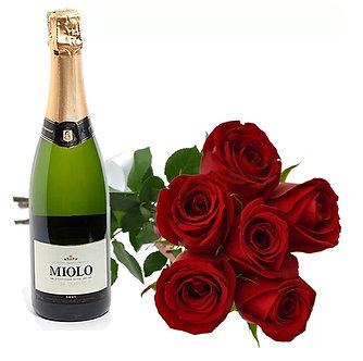 Kit com espumante e ramalhete com 6 rosas Red importadas
