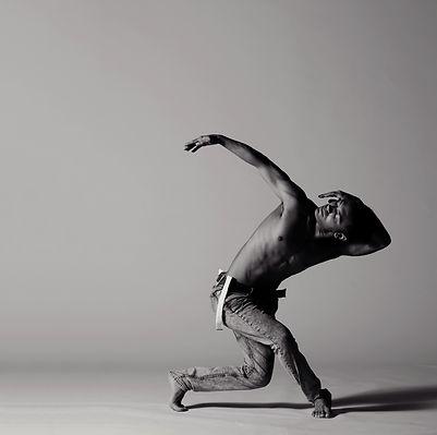 carlos-dancelook2_edited.jpg