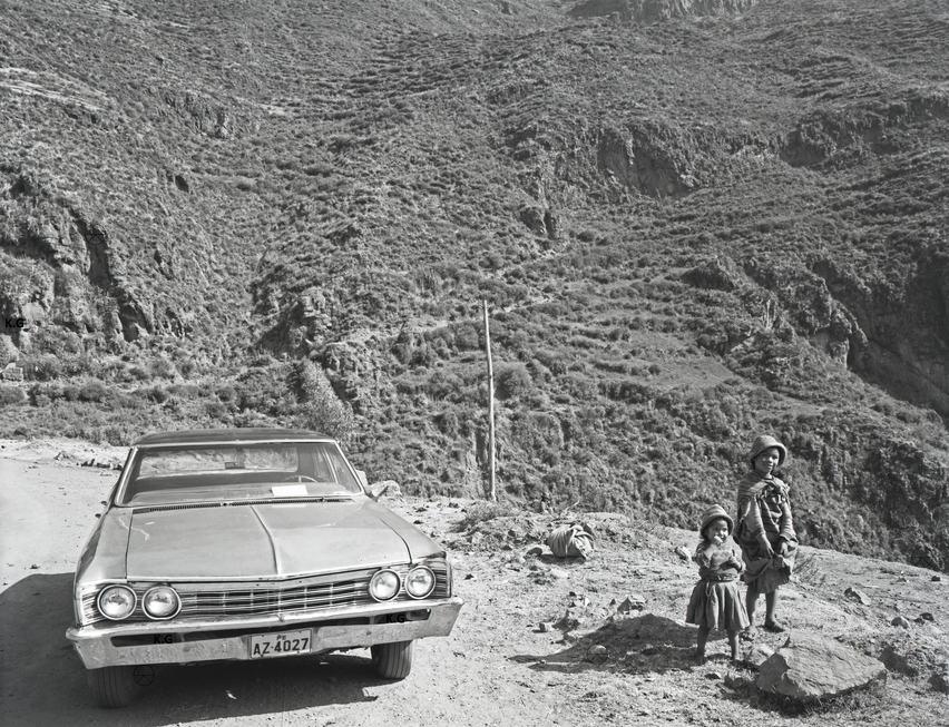Car&Children,Roadside Peru.jpg