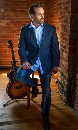 Eric Anthony Singer Guitarist