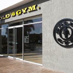 Fachada Corporea Golds Gym
