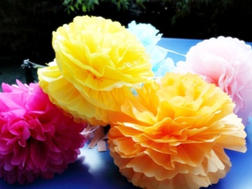 """20 x 14"""" Party PaperPoms"""