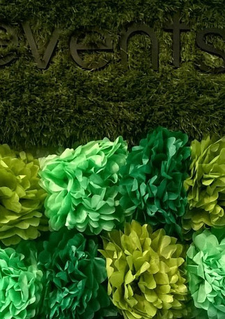 Green paperpoms