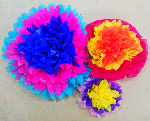 Mexican paper flowers set of 3 paperpom paper pom poms tassels mexican paper flowers set of 3 paperpom paper pom poms tassels tassel kits giant paper flowers mightylinksfo