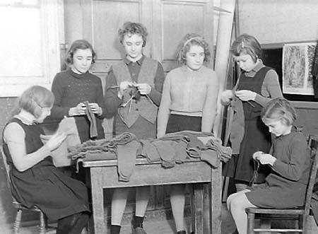 knitting group vintage.jpg