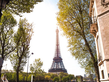 How I Spent 48 Hours in Paris : Travel Journal