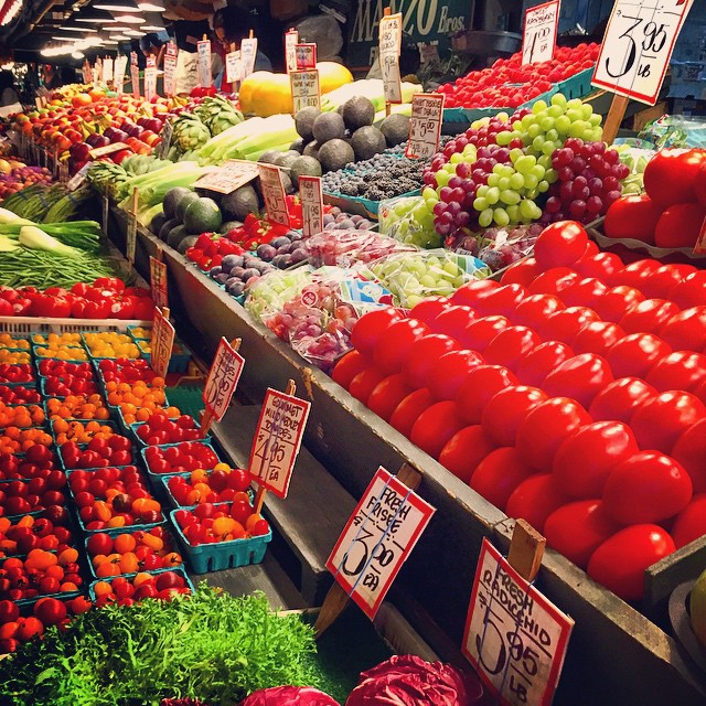 Yummmmm 🍅🍈🍍🍒🍓🍎🍉🍆🌽🍋🍏🍐🍋🍠🍇🍌🍑 #PikePlaceMarket #Seattle #Fresh #InLove