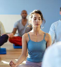Fitnessstudio Niederprüm fitZone Yoga Asanas Übungen Gleichgewicht Stressbewältigung Entspannung