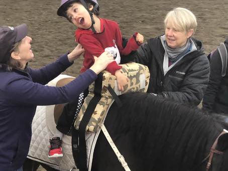 3 Benefits of Horse Therapy for Your Child with Special Needs