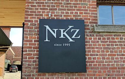 NKZ gevel met logo