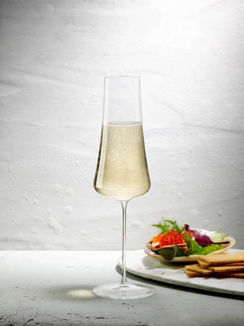 Lifestyle - Stem Zero Champagne Glass -