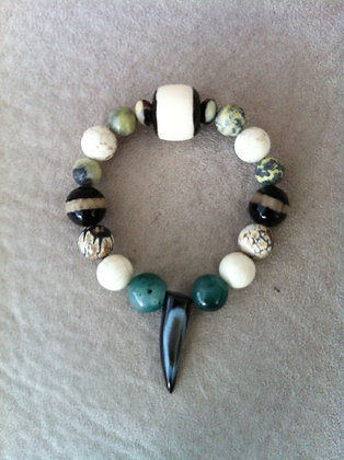 Tigers Eye and Agate Tooth Bracelet