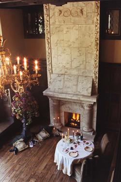 emNapa Fireplace One