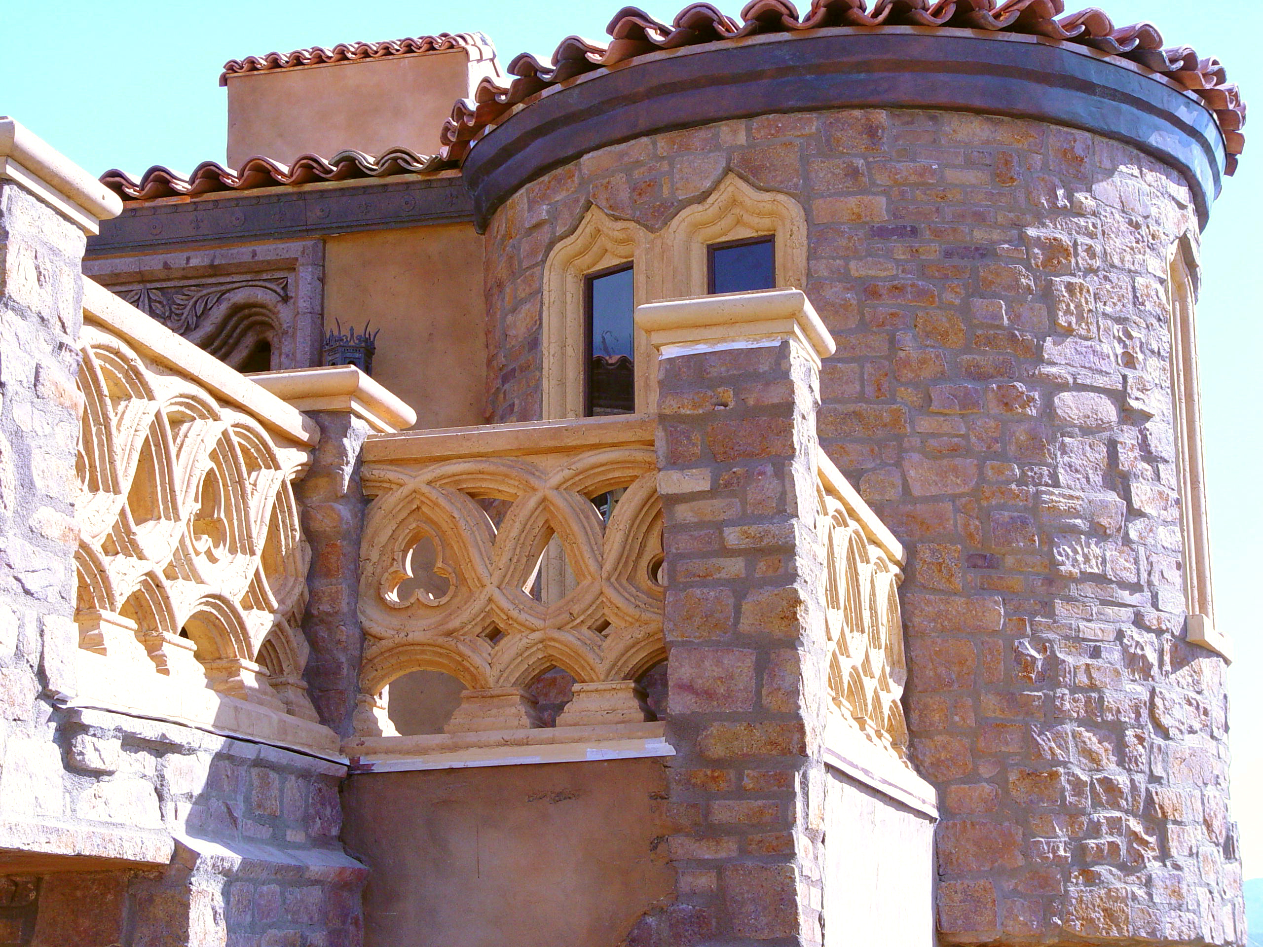 Mizner Window Stone Double Radius 2