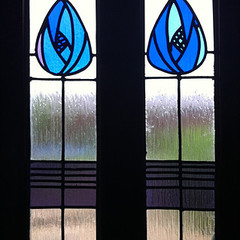 Mackintosh-inspired stained glass