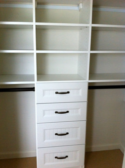 Short hanging with drawers