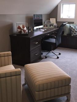 Chocolate Pear Office