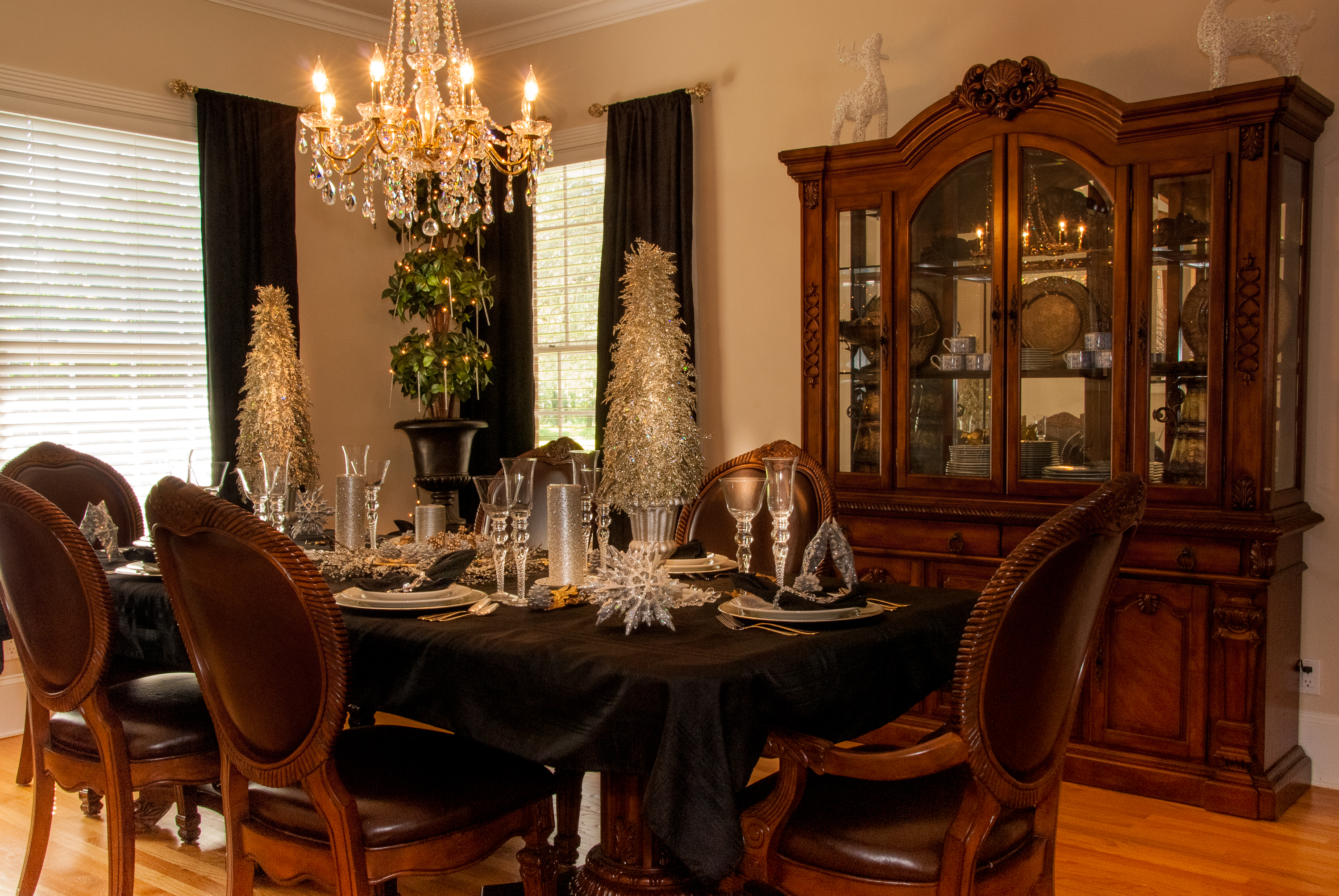 Holiday Table for Lifestyle Magazine