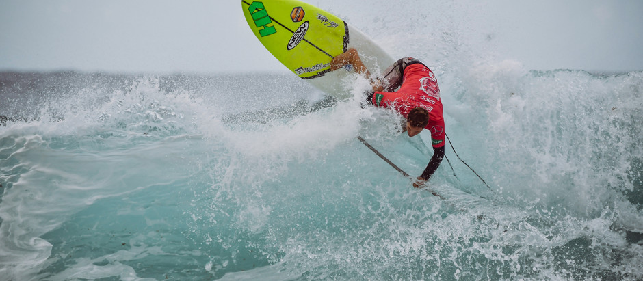 Rounds 3 & 4 for the Men and Round 1 of the Women completed in big surf at the Gran Canaria Pro-Am