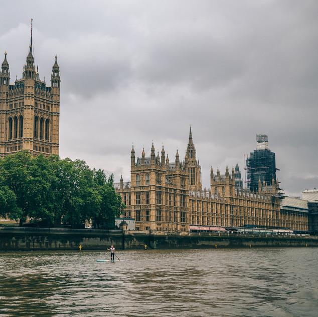 Houses-Parliament-big-Ben.jpg