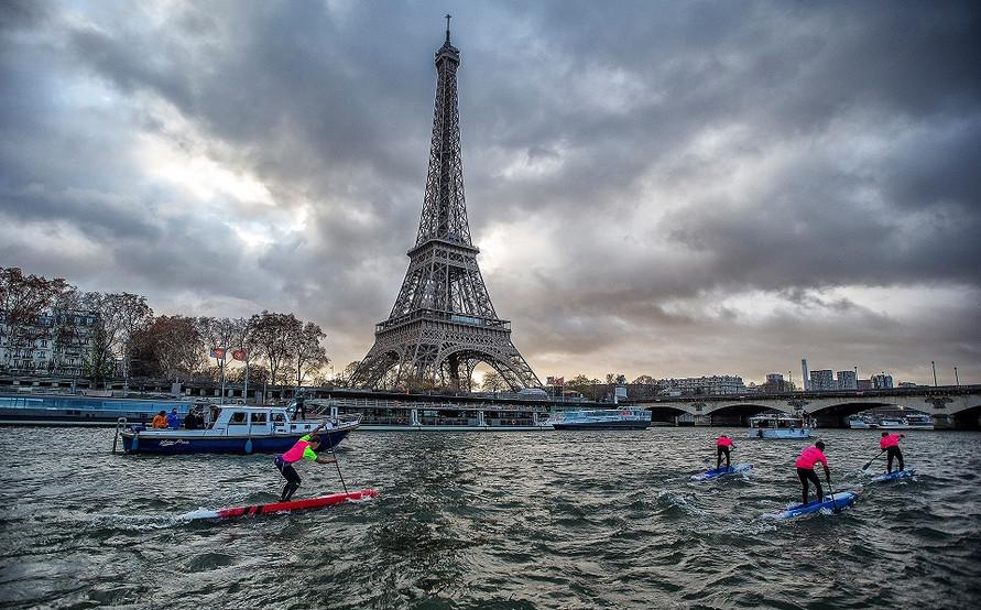 Aruthur-Arutkin-Paris-SUP-Open-Eiffel-To