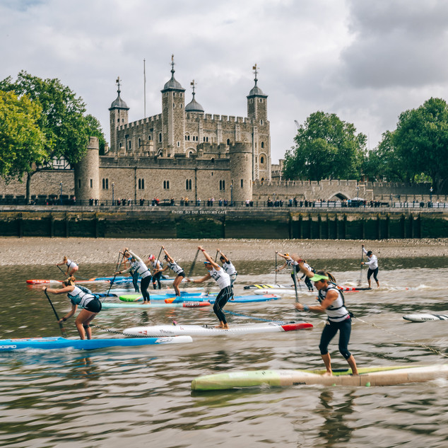 Tower-of-London-WOmen.jpg