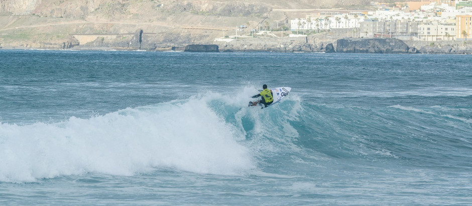 DAY ONE: RISING SWELL AND CHALLENGES FOR ATHLETES IN GRAN CANARIA