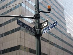 Lexington Ave & 45th St