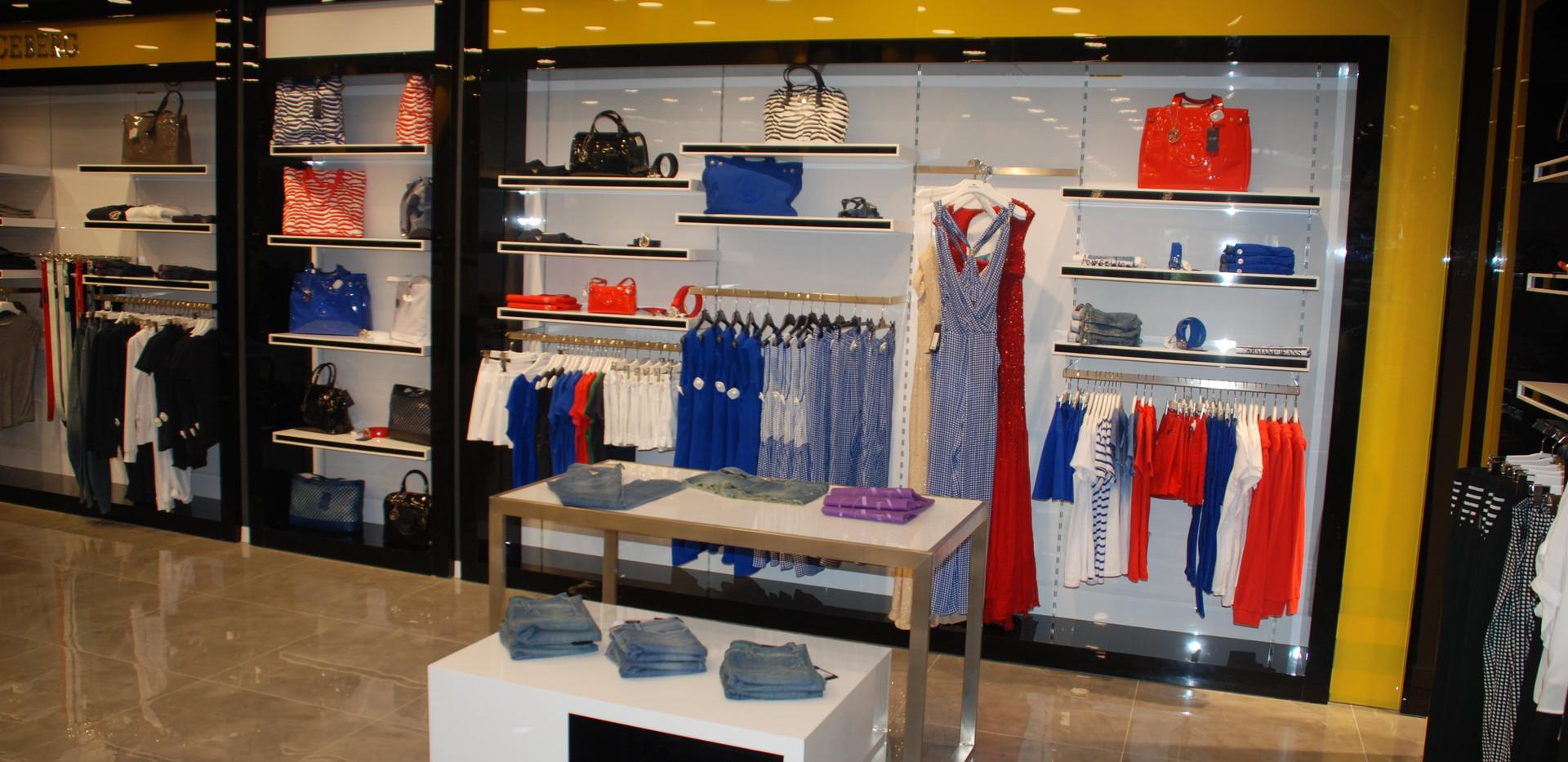 Brandroom (10)-min.JPG