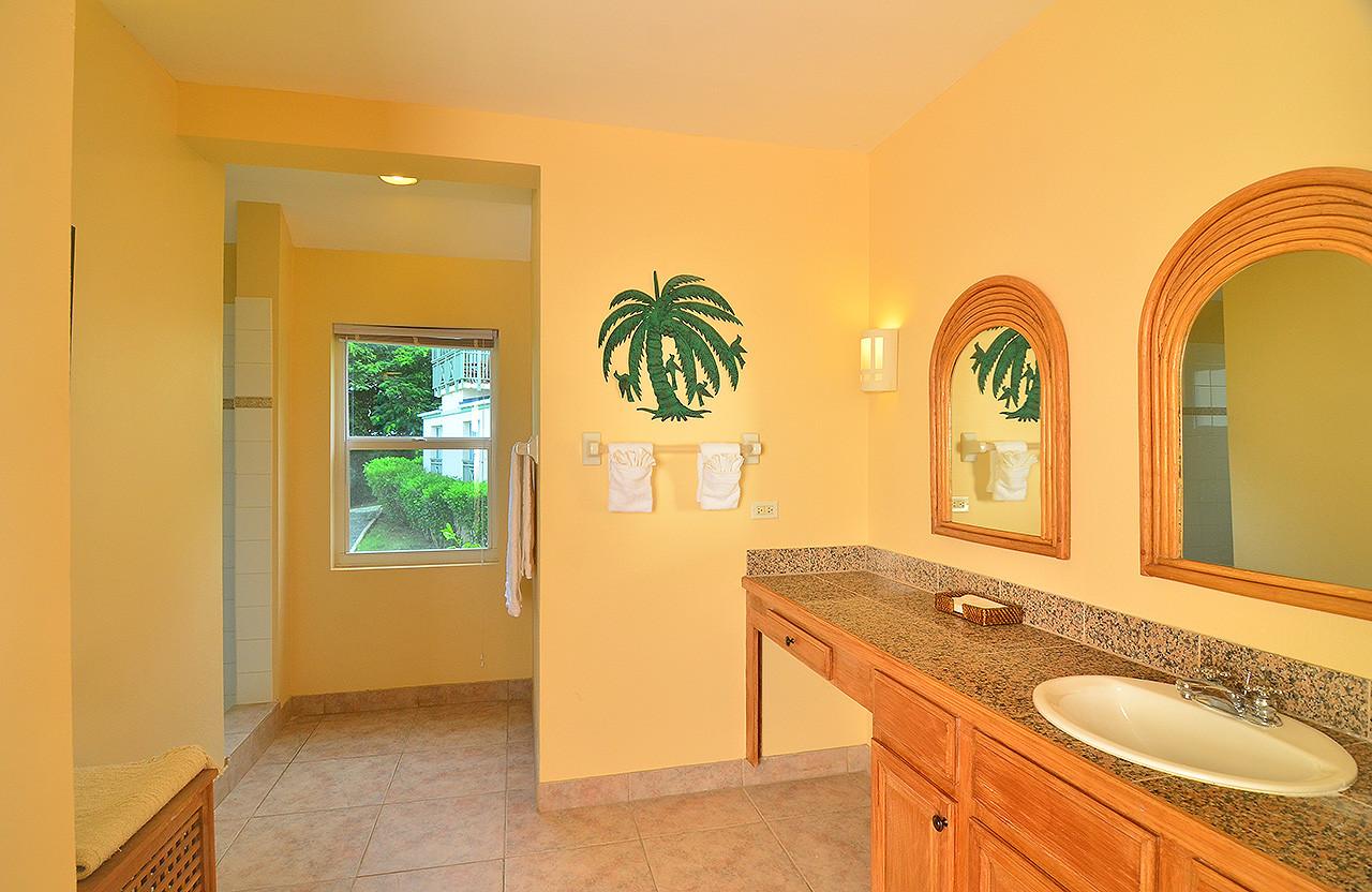 Seaside Villa 57 - Bathroom.jpg