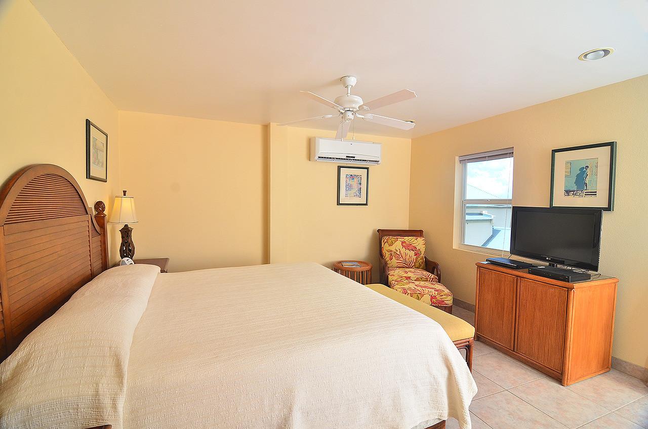 Seaside Villa 57 - Bedroom 3.jpg
