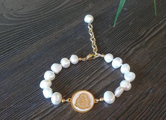 Virgin of Suyapa with pearls