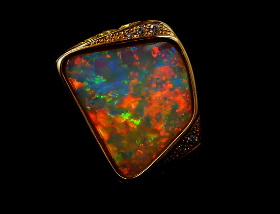 10.7ct Mens Opal, Diamond & Gold Nugget Ring