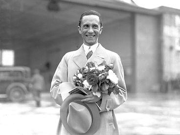Goebbels_1934-scaled.jpg