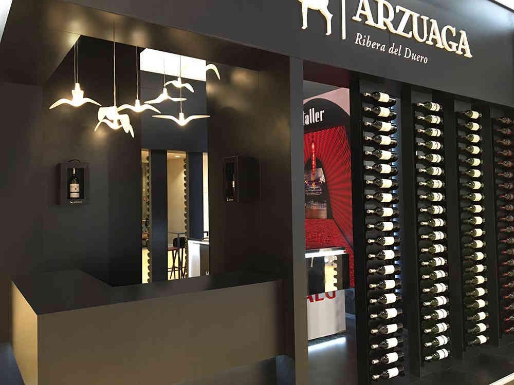 Montaje de de stand para Arzuaga